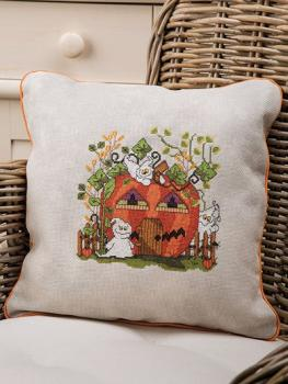 Just Cross Stitch Halloween Collector`s Issue 2017