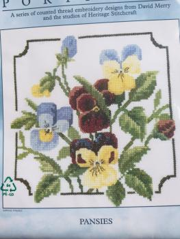 "Heritage Crafts Stickvorlage "" Pansies ""  von David Merry"