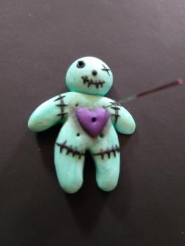 "Needleminder ""Voodoopuppe"" mint"