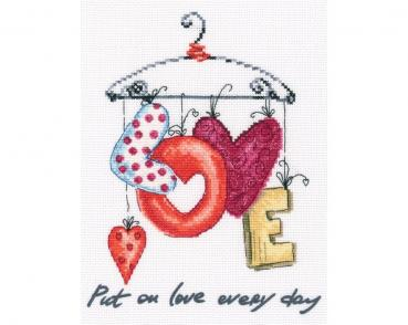 "RTO Stickpackung ""Put on love every day"""
